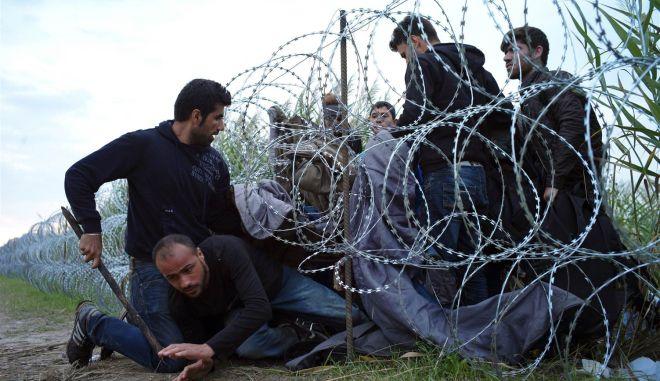 Φάιμαν: Η Αυστρία πρέπει να εντείνει τις απελάσεις