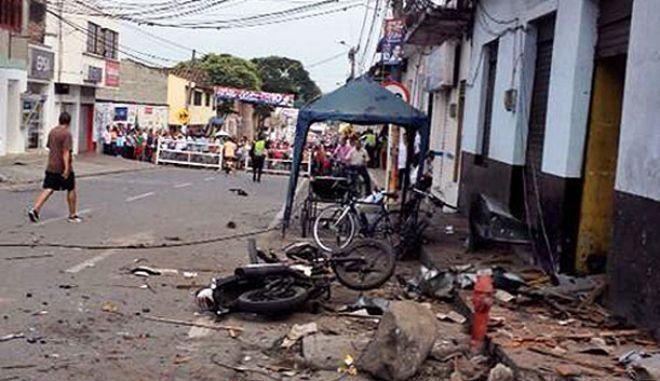 Κολομβία: Ένας νεκρός και δεκάδες τραυματίες από την βομβιστική επίθεση