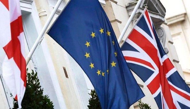 Δημοψηφίσματα: άμεση δημοκρατία ή πολιτική δειλία;