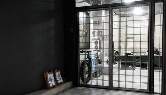 Παγκράτι: Έκρηξη στα γραφεία τριών εφημερίδων