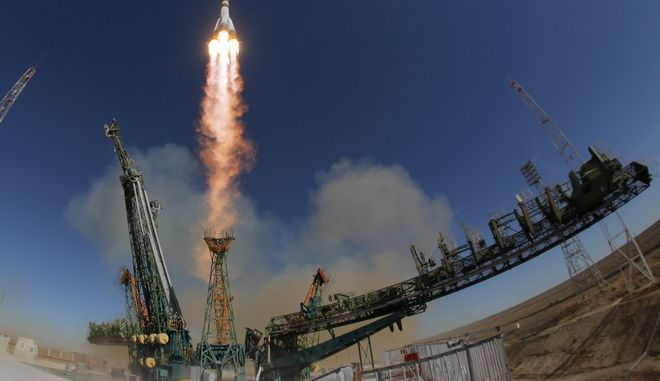 Η στιγμή της εκτόξευσης του Σογιούζ από το κοσμοδρόμιο του Μπαϊκονούρ, Καζακστάν