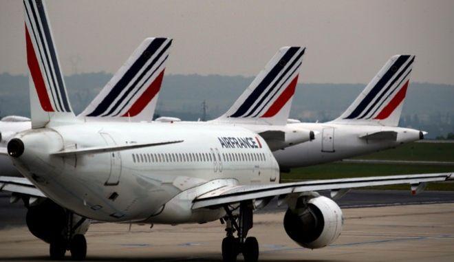 Κορονοϊός - Γαλλία: Κολοσσιαία δάνεια από το κράτος σε Air France και Renault