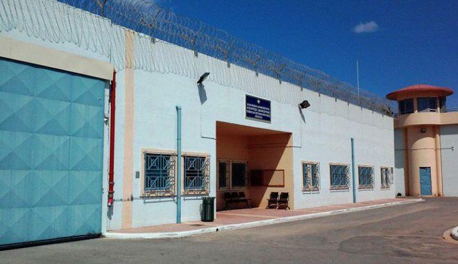 Εξέγερση κρατουμένων στις φυλακές Αγιάς στα Χανιά