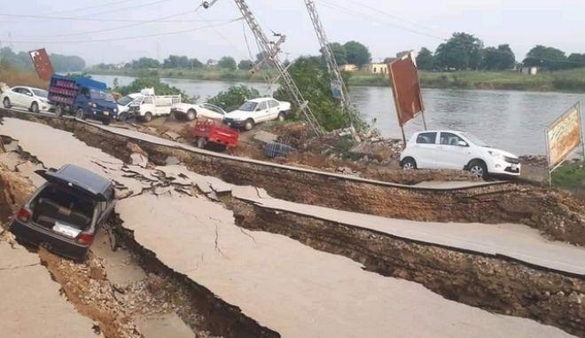 Μεγάλος σεισμός στο Πακιστάν