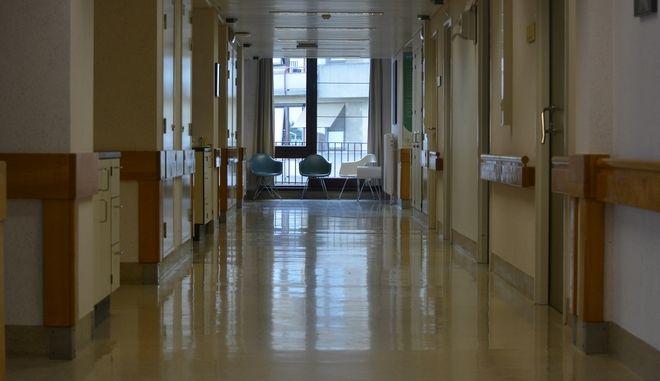 Πάτρα: Πήγαν το παιδί τους στο νοσοκομείο με ωτίτιδα και κόλλησε ιλαρά