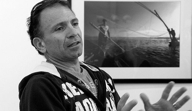 Ο βραβευμένος φωτορεπόρτερ Γιάννης Μπεχράκης
