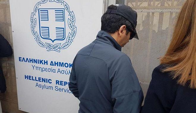 Στην Υπηρεσία Ασύλου ο τούρκος αξιωματικός
