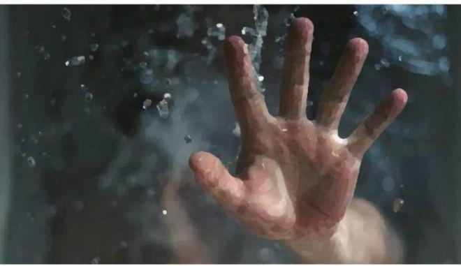 Μηχανή του Χρόνου: 'Μη μας πετάτε στη θάλασσα. Καλύτερα να μας σκοτώσετε επί τόπου'
