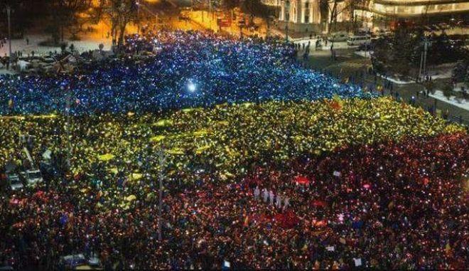 Γιατί οι Ρουμάνοι αγανακτισμένοι είναι καλύτεροι από τους δικούς μας