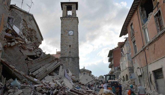Ιταλία: Έκλεψαν έργο του 17ου αιώνα από εκκλησία που υπέστη ζημιές