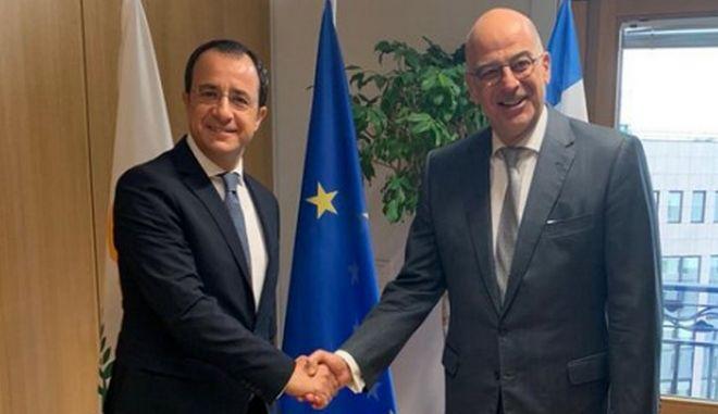 Στις Βρυξέλλες ο Δένδιας για το Συμβούλιο Εξωτερικών Υποθέσεων - Συνάντηση με Χριστοδουλίδη