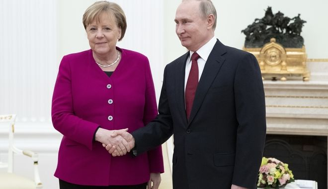 Ο Βλαντιμίρ Πούτιν και η Άνγκελα Μέρκελ