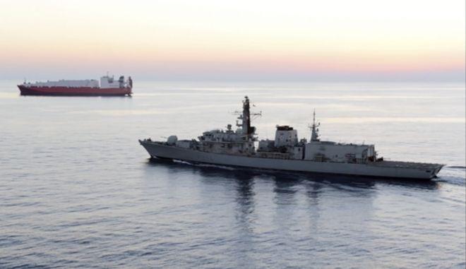 Το βρετανικό πολεμικό πλοίο HMS Montrose