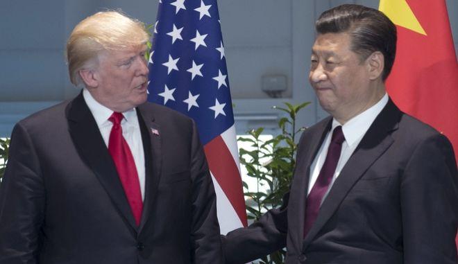 Ο πρόεδρος της Κίνας κάλεσε τον Τραμπ να επιδείξει αυτοσυγκράτηση