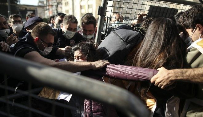 Τουρκία - Πρωτομαγιά: Ξύλο και εκατοντάδες συλλήψεις στην Κωνσταντινούπολη