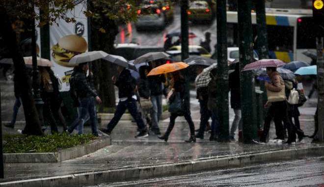 Βροχή στην Αθήνα την Πέμπτη 15 Φεβρουαρίου 2018. (EUROKINISSI/ΓΙΑΝΝΗΣ ΠΑΝΑΓΟΠΟΥΛΟΣ)