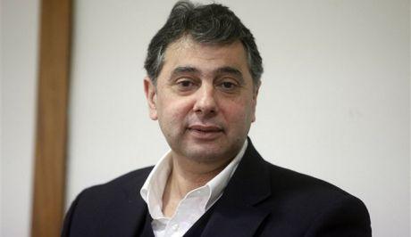 Επιμένει ο Κορκίδης για νέα μείωση μισθών...