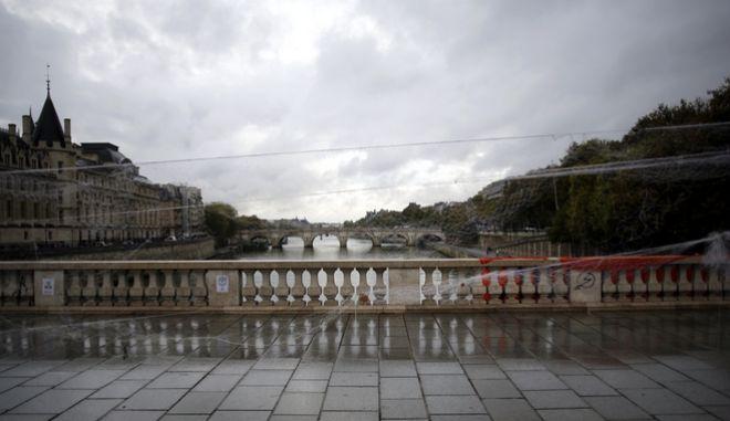 Γέφυρα στη Γαλλία - Φωτό αρχείου.