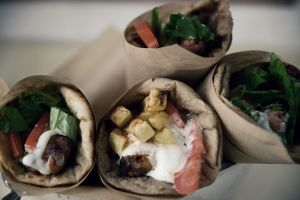 Σουβλάκι, επιστροφή στο πιο τίμιο street food