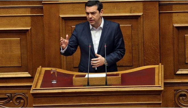 Για την Υγεία απαντά στην 'ώρα πρωθυπουργού' ο Αλέξης Τσίπρας