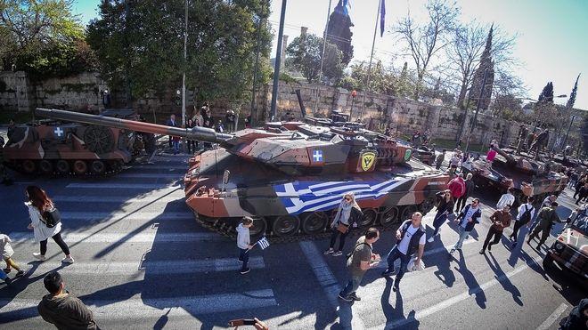 Προετοιμασίες για την στρατιωτική παρέλαση για την εθνική επέτειο της 25ης Μαρτίου 1821 στην Αθήνα, την Δευτέρα 25 Μαρτίου 2019. (EUROKINISSI/ΓΙΩΡΓΟΣ ΚΟΝΤΑΡΙΝΗΣ)
