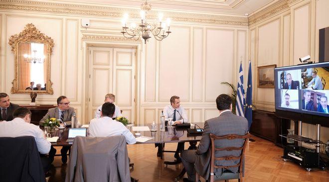 Σύσκεψη υπό τον Πρωθυπουργό Κυριάκο Μητσοτάκη για το άνοιγμα στον τουρισμό.