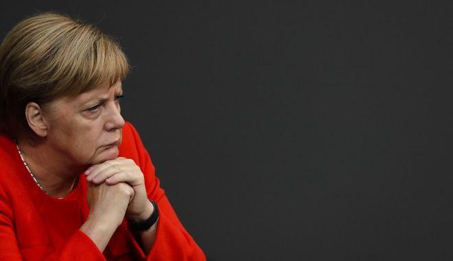 Η Γερμανίδα καγκελάριος Άνγκελα Μέρκελ σε συνεδρίαση της Μπούντεσταγκ