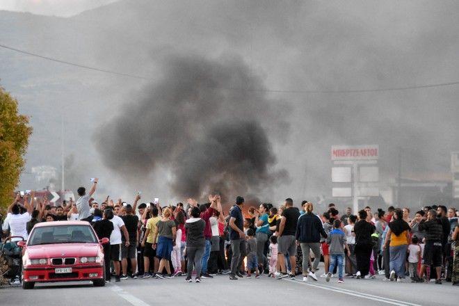 Συγκέντρωση διαμαρτυρίας ρομά στη Νέα Κίο Αργολίδας