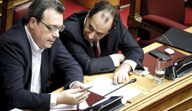 Oι κκ Σπίρτζης και Φάμελλος στη Βουλή
