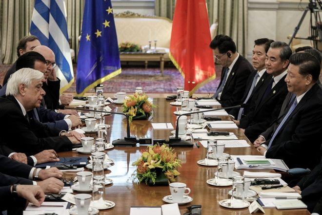 Συνάντηση του Προέδρου της Δημοκρατίας Προκόπη Παυλόπουλου με τον Πρόεδρο της Κίνας Σι Τζιπίνγκ.