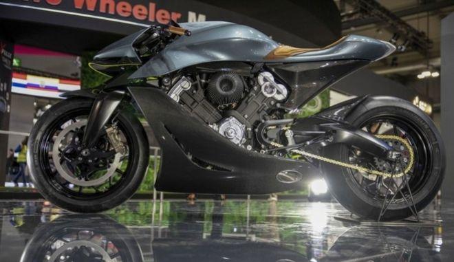 Η Aston Martin παρουσίασε μοτοσικλέτα αξίας 108.000 ευρώ