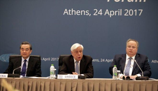 Παυλόπουλος: Να μην αφήσουμε να περάσουν αυτοί που απεργάζονται τη διάλυση της Ευρώπης