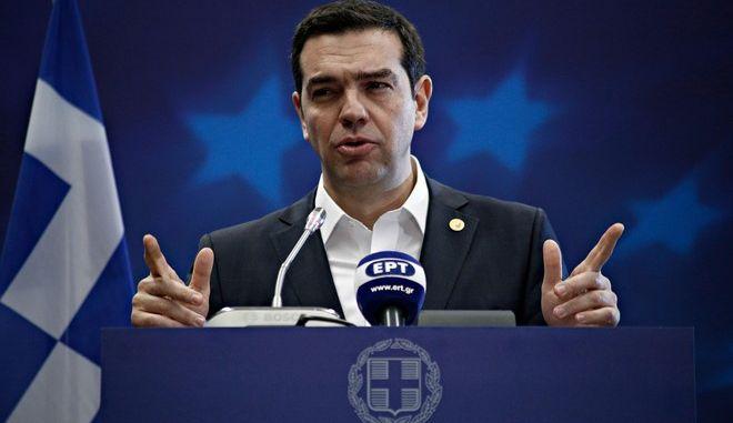Τσίπρας: Ζήτησα να μείνει το ΔΝΤ, αλλά με ελάφρυνση χρέους
