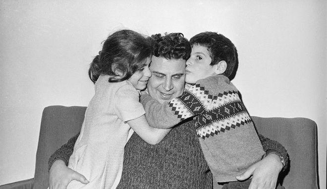 Ο Μίκης Θεοδωράκης το 1968