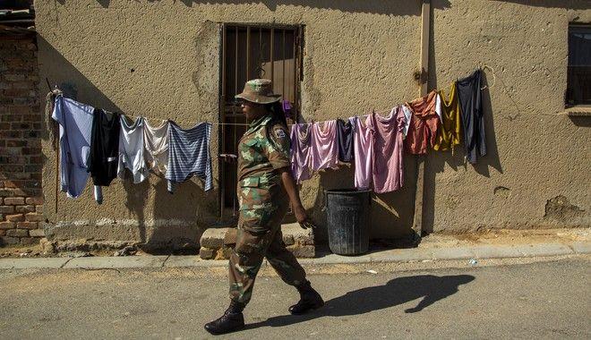 Στρατός στους δρόμους του Γιοχάνεσμπουργκ