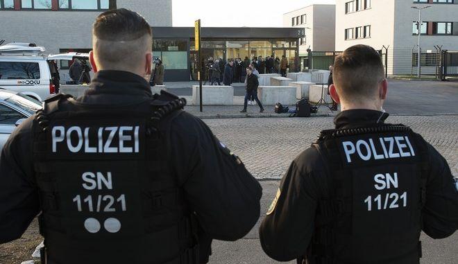 Γερμανοί αστυνομικοί - Φωτό αρείου
