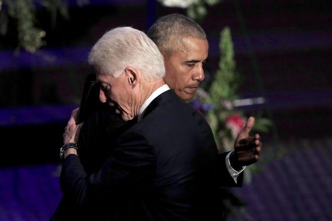 Μπάρακ Ομπάμα και Μπιλ Κλίντον