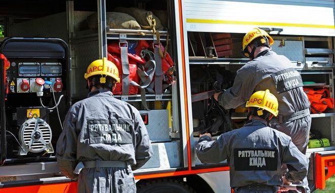 Πυροσβέστες στην Ουκρανία