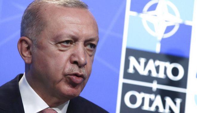 """Ένας """"ήσυχος"""" Τούρκος στις Βρυξέλλες"""