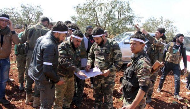 Συρία: Οι Τούρκοι και οι σύμμαχοί τους εισέβαλαν στο Αφρίν