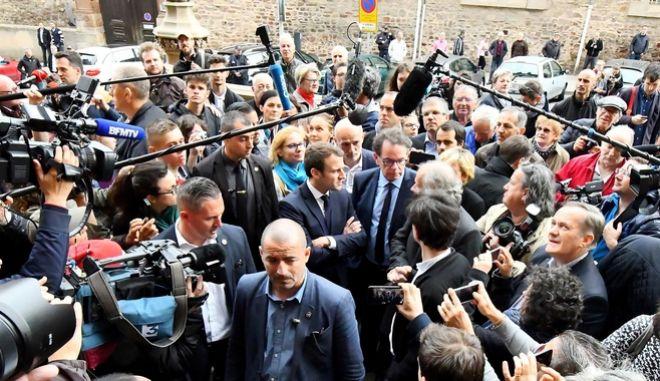 Γαλλικές εκλογές: Βουλευτής πέθανε ενώ συμμετείχε σε εκδήλωση υπέρ του Μακρόν