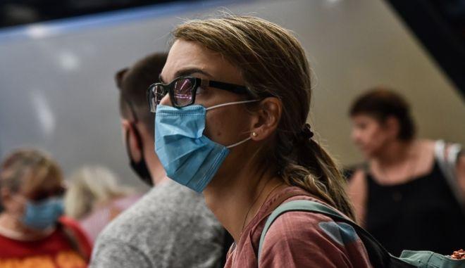 Κορονοϊός: Συναγερμός πριν το δεύτερο κύμα - Πώς αλλάζει η πανδημία