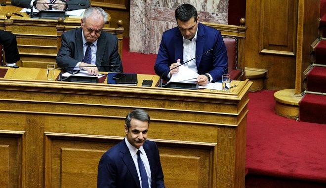 Φωτό αρχείου: Τσίπρας, Μητσοτάκης στη Βουλή