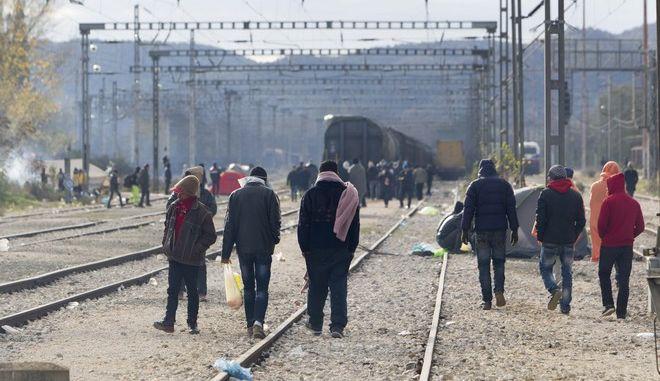 Σουηδία: Σταματούν τα τρένα από τη Δανία, λόγω ελέγχων στους πρόσφυγες