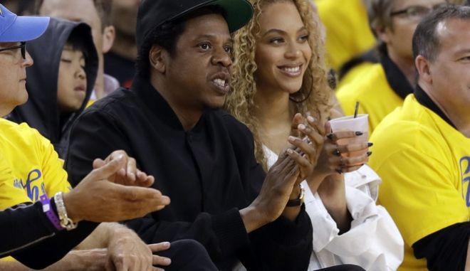 Ο ράπερ Jay-Z και η σύζυγός του Μπιγιονσέ