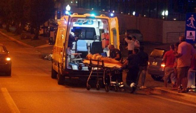 Τραγωδία στην Κρήτη: Πήγε να αποφύγει ποδηλάτη κι έπεσε σε στύλο