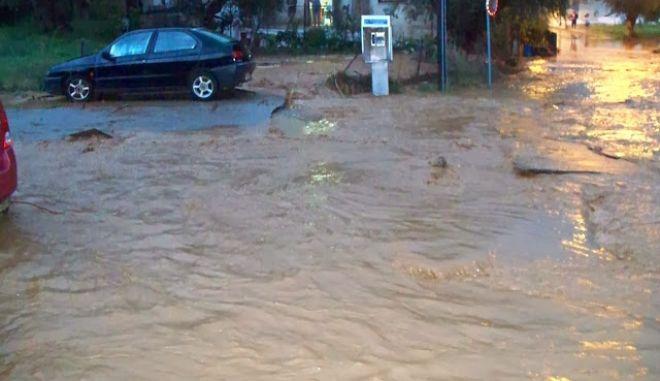 Σε κατάσταση έκτακτης ανάγκης το Άργος- Μια νεκρή από τις πλημμύρες