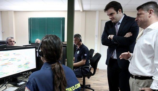 Η άσκηση λειτουργίας αποστολής sms για περιπτώσεις έκτακτης ανάγκης μέχρι ότου λειτουργήσει εξ ολοκλήρου το σύστημα 112 έγινε παρουσία του υπουργού Ψηφιακής Διακυβέρνησης, Κυριάκου Πιερρακάκη.