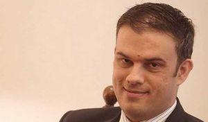 Παραιτήθηκε από το γραφείο τύπου της ΝΔ στη Βουλή ο Καπράλος για να πολιτευθεί