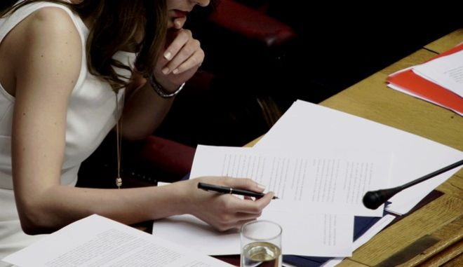 Συζήτηση στη Βουλή του πολυνομοσχεδίου σχετικά με την επικύρωση της συμφωνίας κυβέρνησης-δανειστών, την Πέμπτη 18 Μαΐου 2017. (EUROKINISSI/ΠΑΝΑΓΙΩΤΗΣ ΣΤΟΛΗΣ)